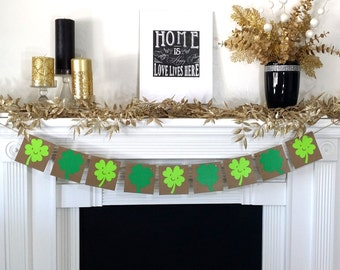 Shamrocks / St. Patricks Day / Irish Sign / Decoration Banner / Happy St Patricks Day Banner / Mantel Decorations / Photo Prop / Clover
