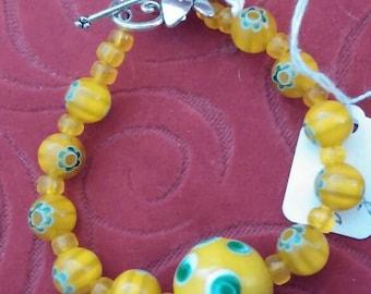 Vintage glass bracelet hot yellow