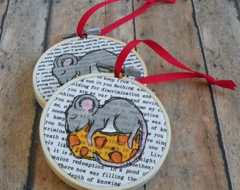 Hand Painted Christmas Mouse with Cheese 3 Inch Christmas Tree Ornament