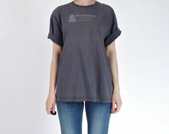 80s Skydiving Faded Distressed Boyfriend Fit Vintage T-shirt / Men M-L Women M-XL