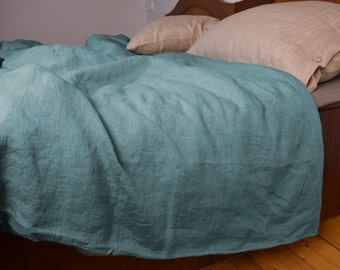100% linen duvet cover. DUCK EGG bedding collection. Greenish-bluish color. Single, twin, double, queen, king or custom sizes. Stone washed.