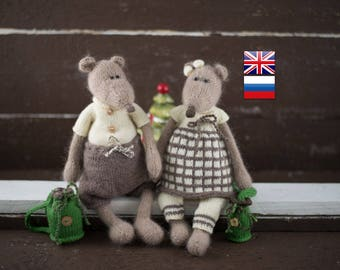 Toys Mice knitting patterns / knit toy pattern / knitted animal / knitted mouse pattern /Sonia and Boris the Happy Mice