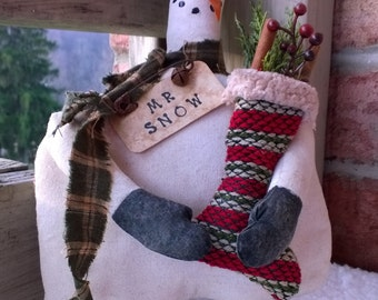 Primitive Cheery snowman with stocking