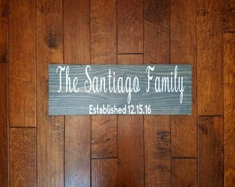 Last Name Sign - Family Name Wood Sign - Custom Wedding Sign - Family Established Sign - Wedding Establish Sign - Housewarming Gift
