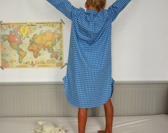 "boys + girls nightgown ""blue checked"""