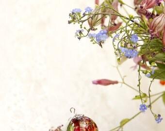 Pressed flower necklaces Тerrarium necklace Pendant rose Terrarium jewelry Pendant resin red rose Jewelry orb flowers Ball resin pendant
