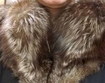 Gorgeous  Large Fox fur  Collar -Vintage