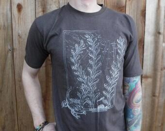 Men's Organic Cotton/Hemp Tee Shirt - 'Amphibians' / Nature / water / Frogs / underwater / Organic / Plants / Natural / T shirt