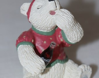 Coca Cola Resin Collectible Figurine 1995 White Polar Bear I'm Not Sleepy, Really