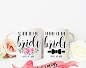 MOTHER and FATHER of the Bride Mug Set / Custom Date on Bottom / Cute Gift for Parents for Wedding Engagement Favor / Mob Fob