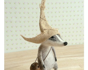 Badger, felted badger, cute badger, needle felt, felt badger,  felted animal,  felt ornament, sculpture,  tender mouse