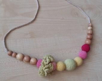 Nursing necklace.Teething necklace.Breastfeeding necklace.Pink necklace.Crochet necklace.Ecofrendly.Natural.Juniper.Necklace for mom.