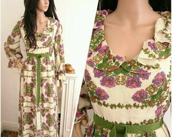 Vintage 70s Cream Green Botanical Floral Berry Ruffle Maxi Dress Folk Boho / UK 10 / EU 38 / US 6
