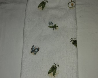 Knob Style Butterflies and Veggies Hanging Kitchen Towel