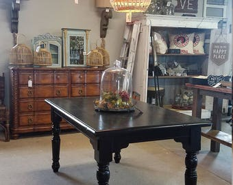 SALE!! Hand Painted Farmhouse Style Dining Table  **Local Pickup / Delivery Only **