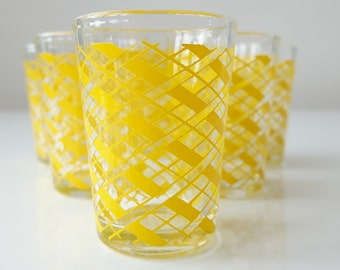 Service Liqueur, Set of 6 Small Glasses, 60's, Yellow Graphic Line Pattern