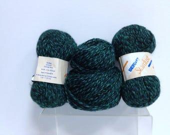 Bernat Wool Bundle of Yarn, Vintage Stardust Tweed Yarn Destash Yarn Made in Belgium, Sparkling & Emerald Green Variegated Yarn