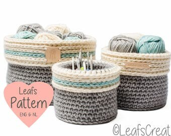 Crochet pattern baskets with fold over (3 sizes included) - Pattern crocheted storage baskets - English and Dutch