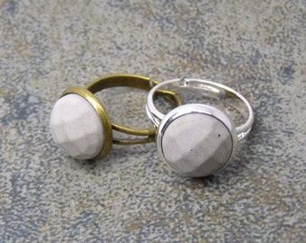 Concrete ring - faceted gift --