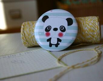 Magnet shows panda