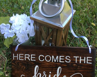 Wedding signs wedding table decorations shower gifts here comes the bride wooden sign used wedding decoration rustic spring wedding stuff junglespirit Choice Image