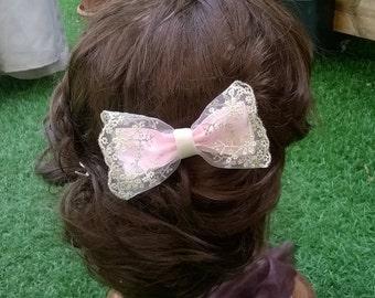 Pink bow clip. Pink ribbon bow, hairclip