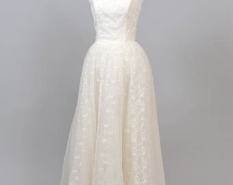1960 Strapless Flocked Vintage Wedding Gown