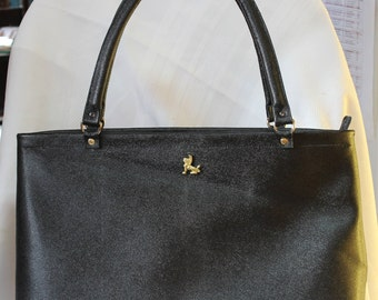 Large zip shoulder tote