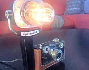Vintage Argus Camera & Sun Gun Light