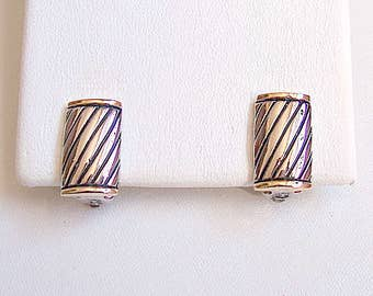 Striped Barrel Square Clip On Earrings Silver Gold Tone Vintage Black Slant Striped Rimmed End Accents White Pads