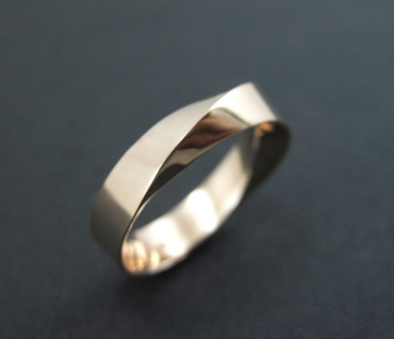 Mobius Wedding Ring Mens Gold Band 6mm Wide