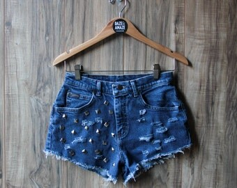 High waist vintage studded denim shorts | Ripped distressed shorts | Riders shorts | Hipster festival shorts | Silver pyramid studded |