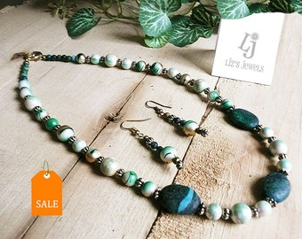 Variegated Green Faux Pearl Necklace & Earrings, green pearl earrings, green stones