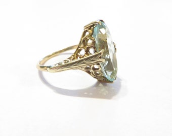 Stunning Antique Aquamarine 14k Gold Filigree Ring