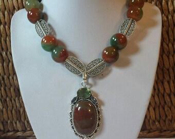 Stunning Victorian style choker necklace big bold beautiful