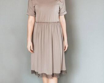 plus size dress, beige dress, casual dress, brown dress, prom dress, dress, party dress, romantic womens dresses, comfy dress, midi dress