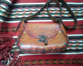 Vintage leather bag hand tooled leather satchel shoulder bag hand decorated purse festival bag boho hippie chic colourful satchel bag 70s