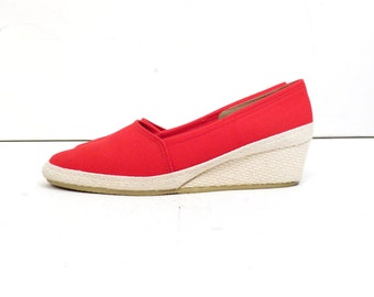 Vintage 60s Red Canvas Slip On Wedge Espadrilles Size 8