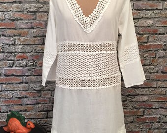 Vintage White Cotton And Lace Summer Dress or Swimsuit Cover Up  Size Medium