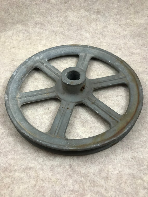 Pulley pulley wheel industrial salvage vintage for Uses for old pulleys