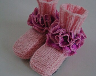 Baby girl boots with ruffles, 3-6 months