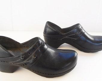 Dansko Women Black Clogs  Size 41 US size 10.5- 11