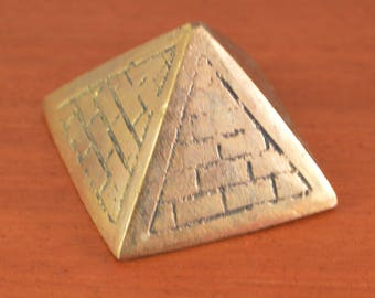 Vintage miniarure small pyramid ,solid brass,paper weight.