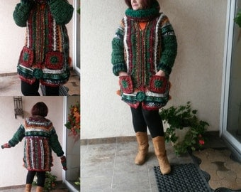 Made to Order(on your measures)Crochet Winter Coat with detachable Hooded Collar/Handmade Wool Jacket