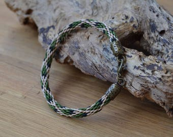 Green beige kumihimo bracelet with crab clasp Japanese friendship bracelet Nature braided cord bracelet Wrap bracelet Knotted bracelet
