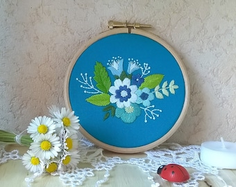 embroidery hoop wall art - wall decor - Embroidered wall hanging - floral decor - hoop art - floral embroidery wall art