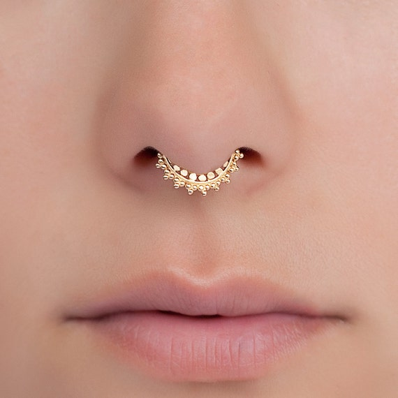 Fake gold septum ring tiny fake septum jewelry you can - Decorative septum jewelry ...