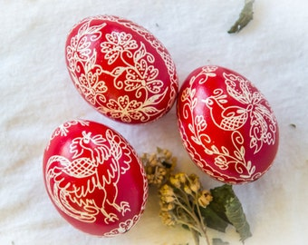 Easter Decorations, Easter Eggs, Pysanky Eggs, Decorated Eggs, Easter Decor, Pysanky, Egg Art, Folk Art, Pysanka, Traditional Design, Easter