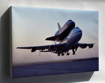 Canvas 24x36; Nasa 747 Space Shuttle Carrier Aircraft 911 With Endeavour 1991