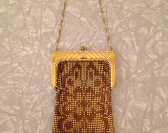 1920s golden mesh Whiting & Davis evening purse